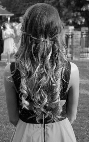 Such cute long curls!
