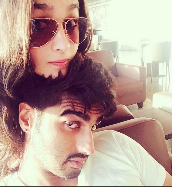 Alia Bhatt and Arjun Kapoor pose for some cute selfies!