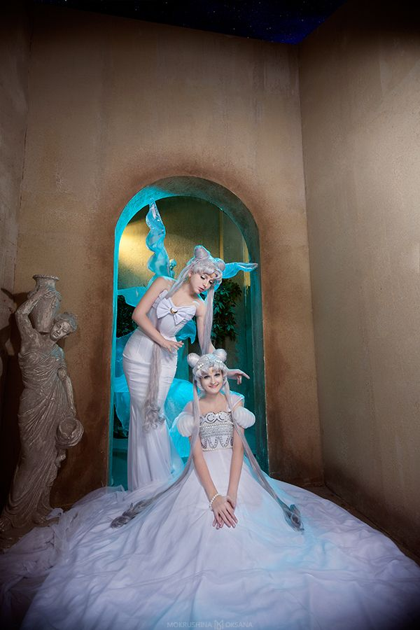 Queen Serenity and Princess Serenity | by Likanda @ DeviantART.com ~ ... wow. So gorgeous. // #cosplay #sailormoon #photography