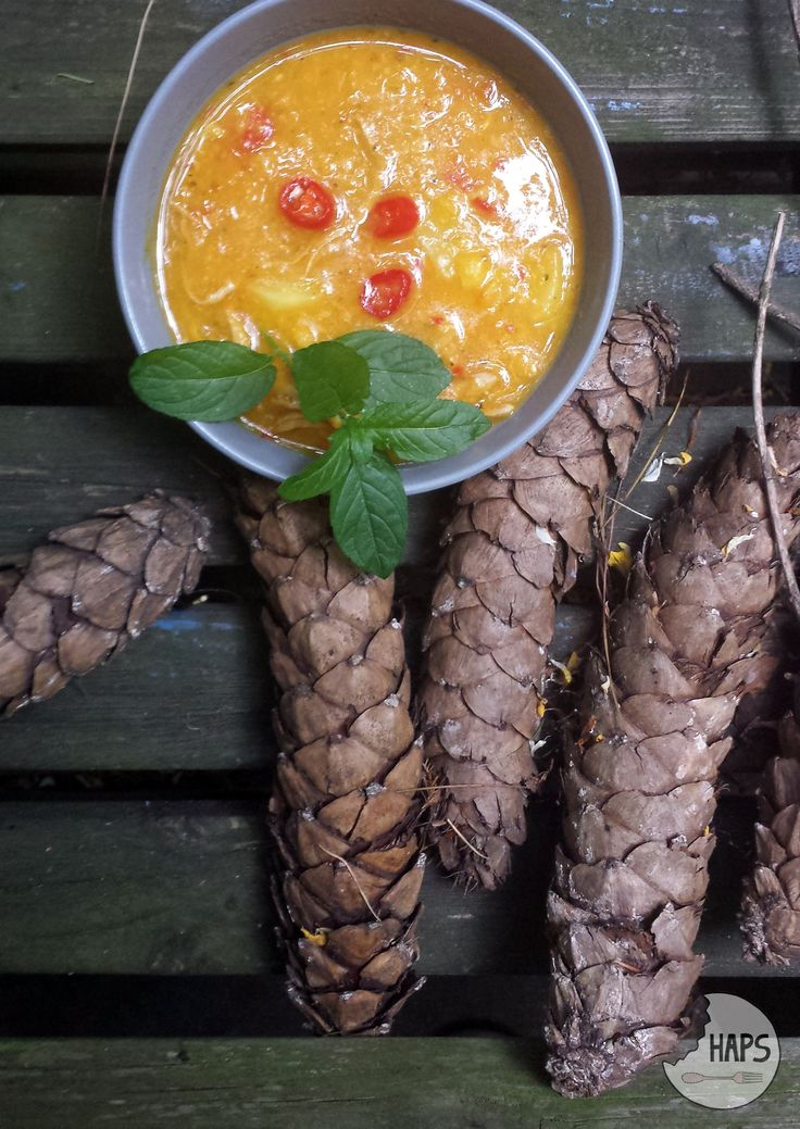 Spicy soup for cloudy afternoon. / Pikantna zupa na pochmurne popołudnie.