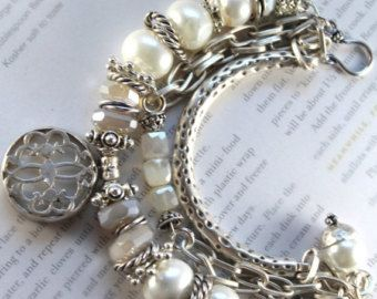 SUR bracelet VENTE, bracelet Pierre de lune arc en ciel, bracelet en perle, bracelet calcédoine, boho chic bracelet, bracelet Bohème, Noël pour elle