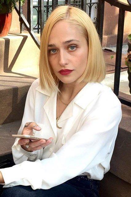 Jemima Kirke's new blonde bob is amazing