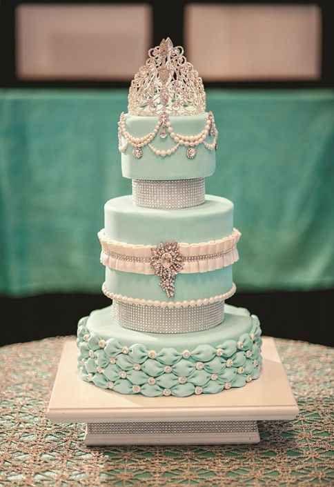 decoracion, modelos y diseño de tortas de 15 años (61)                                                                                                                                                     Más