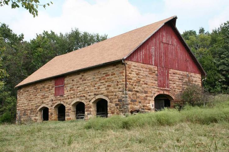 The 25 Best Bank Barn Ideas On Pinterest Barns Barn