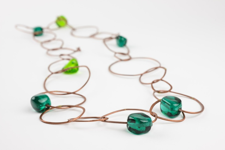 Satelliti necklace in green
