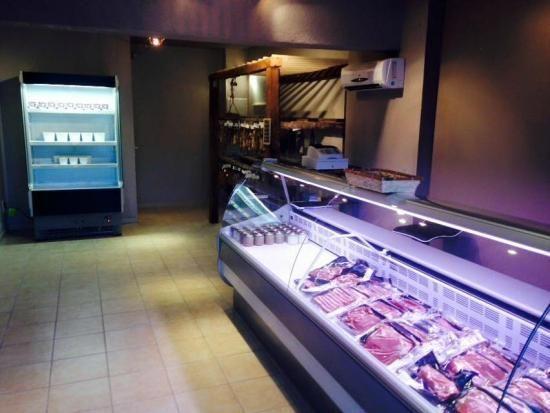 Eleveur bovin viande Aléria - GAEC DU PETRICCIU : viande bio, Borgo, Bastia, Ventiseri, ferme biologique, producteur de viande, boucherie charcuterie traiteur