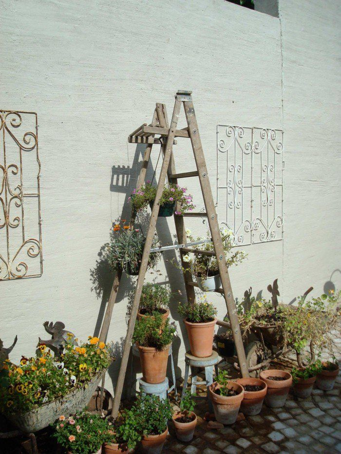 do it yourself ideen f r die blumentreppe im garten schritt f r schritt die pflanzentreppe. Black Bedroom Furniture Sets. Home Design Ideas