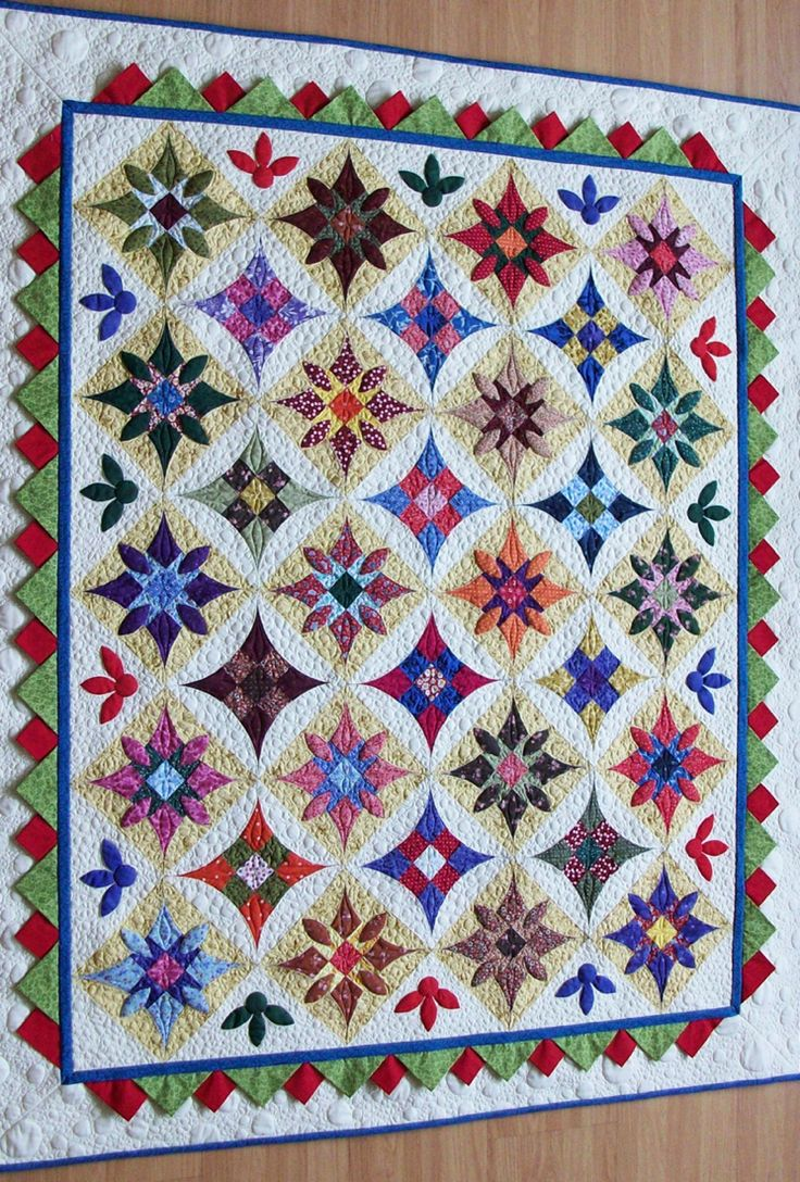 """Festa"" by Lucia Martin: Applies Quilts, Idea, Applique Quilts, Pattern, Color, Collectibles Bedrooms Quilts, Quilts Blocks Traditional, Quilting, Interesting Quilts"