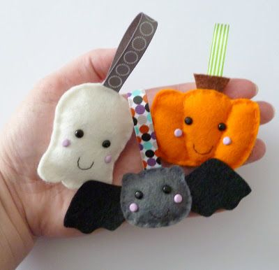 paper and string trick or treat halloween ghost bat and pumpkin felt decorations - Cute Halloween Decorations