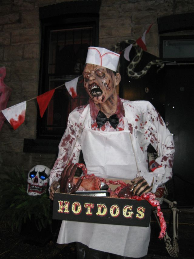 269 best Halloween images on Pinterest Halloween ideas, Halloween - circus halloween decorations