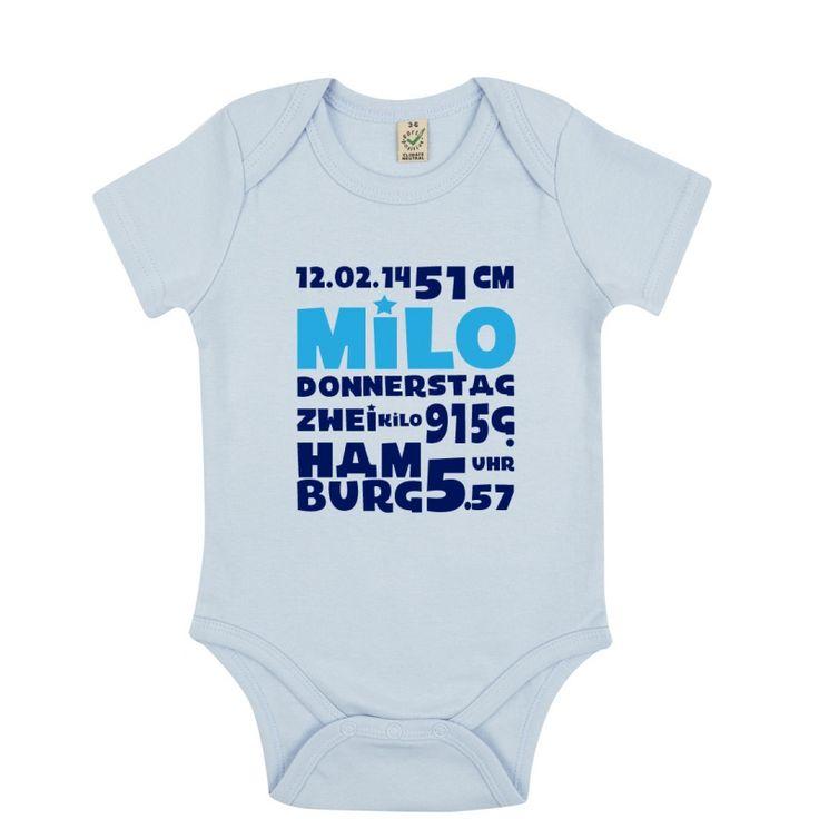 """Zu finden auf http://www.my-little-store.de/cduk7ds0shk6ddvo:306 Body """"Geburtsdaten personalisiert"""" von Pecamia Wenn ein Baby geboren wird, teilen die stolzen Eltern der ganzen Welt überglücklich Name, Grösse und Gewicht mit. Mit diesem individuellem Body können sie einen Teil dieser Euphorie festhalten - ein perfektes Geschenk zur Taufe oder Geburt! Jedes Design ist erhältlich auf Deutsch, Spanisch oder Englisch."""