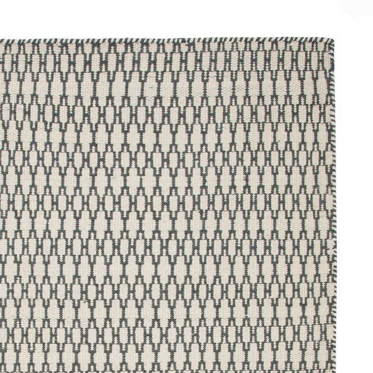 Add style and texture to your living space with the Sisai Rug. Handwoven in India with geometric patterning, the two-toned, reversible Sisai has a 100% cotton warp and a 100% new wool weft. Designed in simple, understated colours, the Sisai Rug will naturally complement modern interiors and provide a sophisticated, cosmopolitan look.   Team with our rug underlay to keep the rug in place and your flooring in good condition.