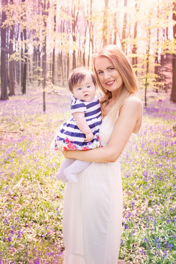 bluebell photo shoot| bluebell mini| | hampshire photographer| mother and daughter