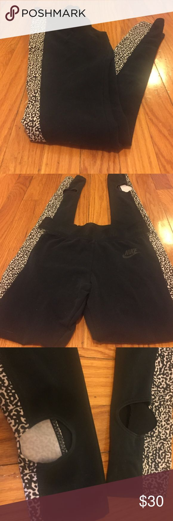 Nike Leopard Print Stirrup Workout Legging 💕 Adorable Nike workout legging. They are stirrup style. Very comfortable and great for dance class or everyday. Nike Pants Leggings