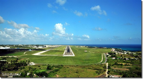 The final approach to Grantley Adams International Airport Barbados. Stay at 'Starfish. http://www.homeaway.co.uk/search/keywords:406547