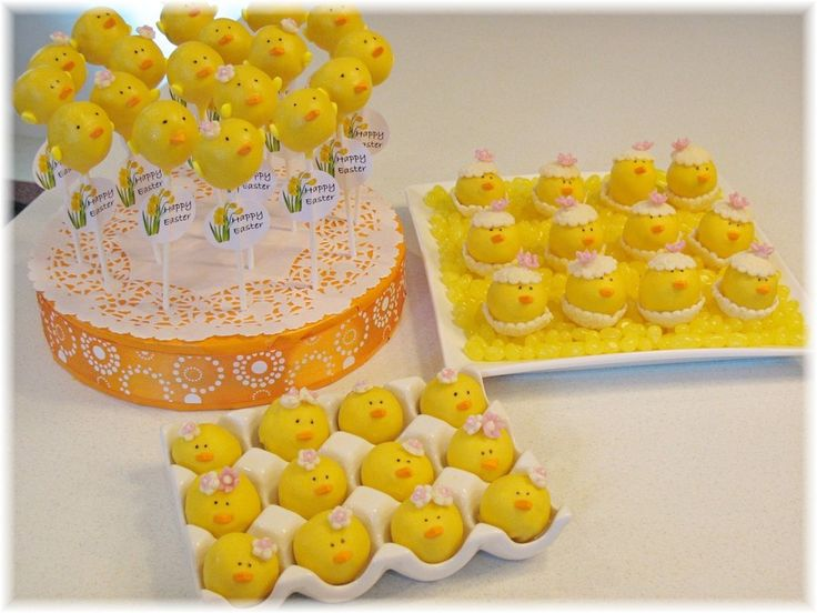 Easter Chicks Inspired By Bakerella Saw these on Bakerella's blog and have wanted to try them. 3 Variations: Chick Pops, Chicks...