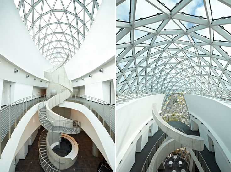 Architecture, Fantastic Interior Design For Futuristic Design With Spiral  Staircase Design In Glass And Stainless Steel Design: Captivating Building  In The ...