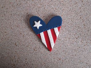 A Piece of Lisa: Polymer Project---Patriotic Pins
