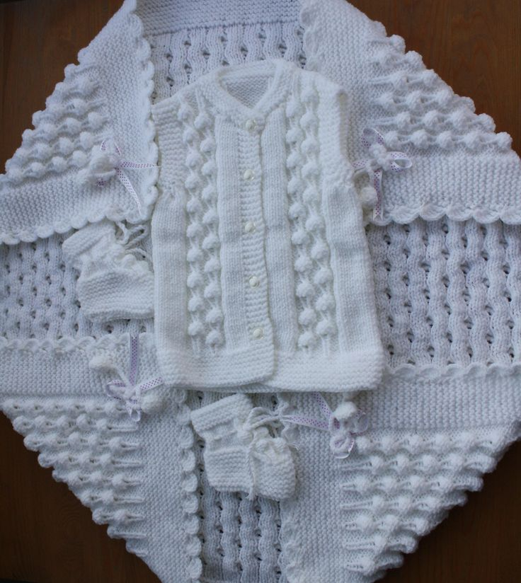 BABY TRİPLE SET. Baby Vest, Baby Booties, Baby Blanket. Hand-Knitted Baby Blanket. Baby Shower. White Knit Set. Unisex. Baby Gift.  Handmade