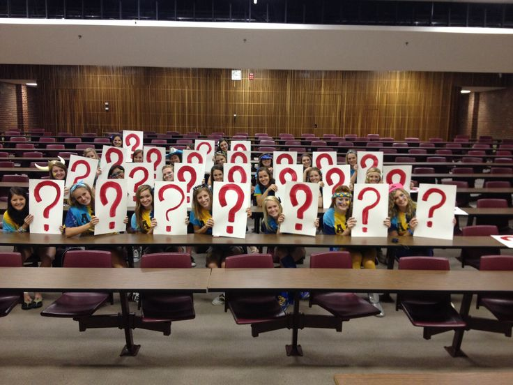 """Alpha Xi Delta's """"Guess Who"""" Rose Sister reveal on Bid Night at Alma College"""