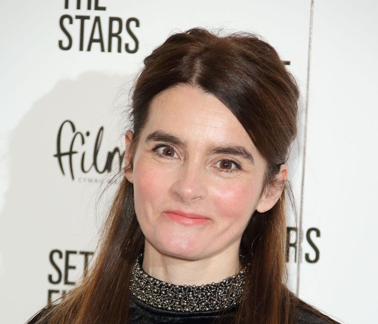 Shirley Henderson - creepy!
