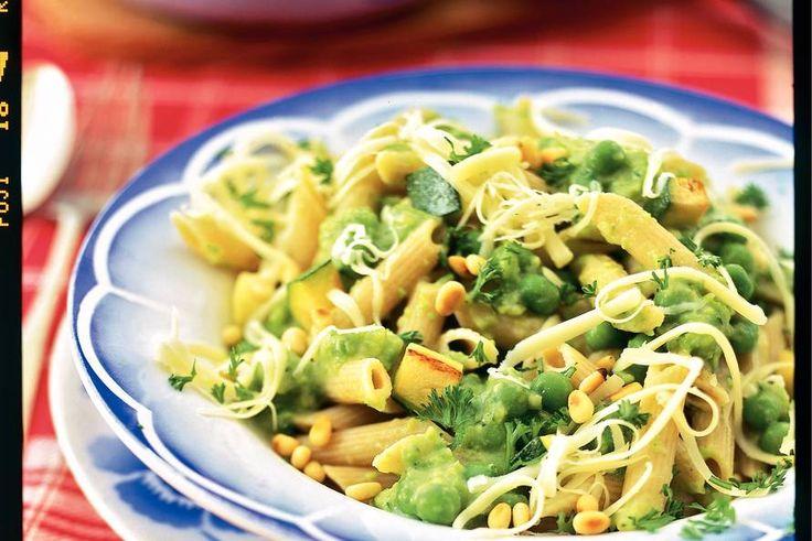 Kijk wat een lekker recept ik heb gevonden op Allerhande! Pasta met saus van groene groenten