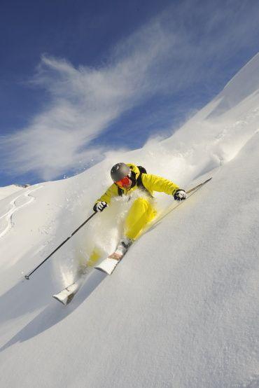 """Beim Skigebiets-Check 2008/2009 von Snow-Online belegte Lech Zürs am Arlberg Platz 1 in der Kategorie """"Beste Freeridemöglichkeiten"""" #lech #zürs #arlberg #freeski"""