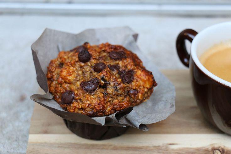 Muffins XXL au chocolat, banane et noisettes : recette healthy via @hervecuisine