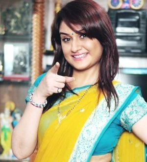 Sonia Agarwal New Photos http://www.cinewishesh.com/cinema-movies-films-photo-gallery/6859-sonia-agarwal-new-photos/174344-sonia-agarwal-new-photos-01.html