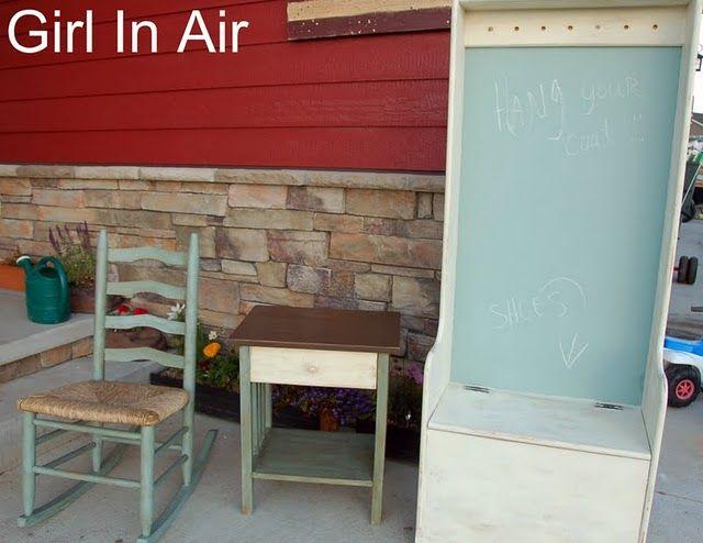 Make a bench from a dresser? CREATIVE!