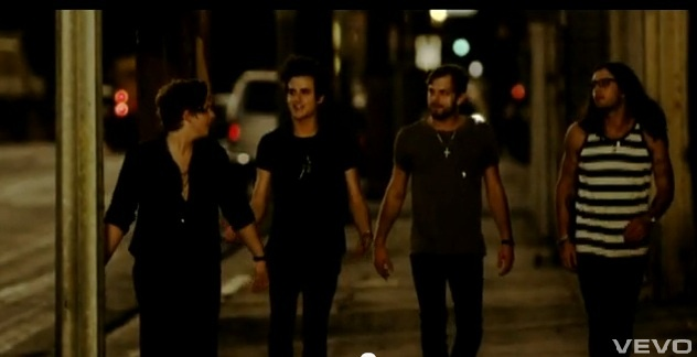 Walk A Mile In Your Shoes Kings Of Leon