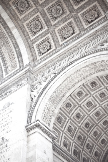 Beautiful details in Paris, captured by Robyn Thompson