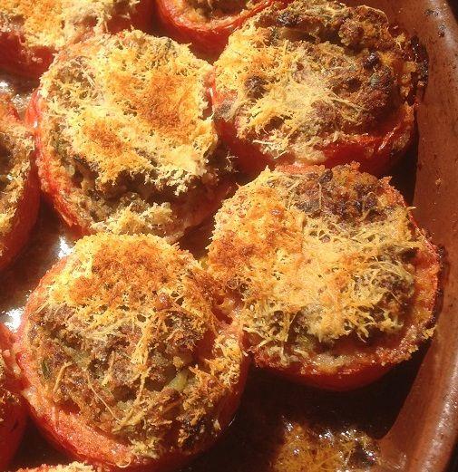 Pomodori ripieni alla siciliana - met ansjovis gevulde tomaten op z'n Siciliaans