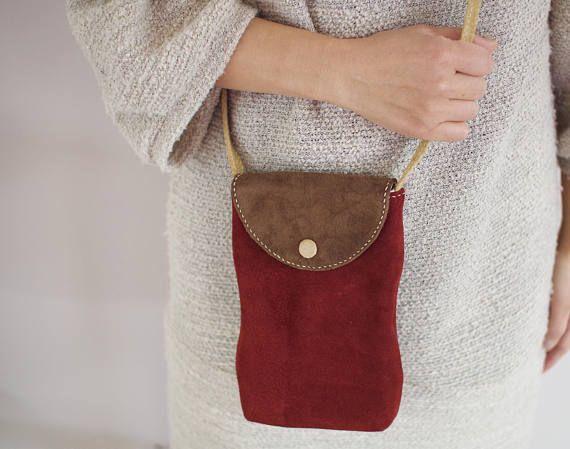 #leatherbag #leathercrossbodybag #crossbodybag #suedebag