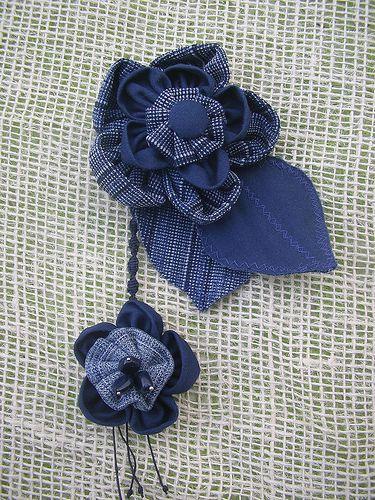 Spilla blue jeans | Qui,ci è andata di mezzo una camicia di … | Flickr