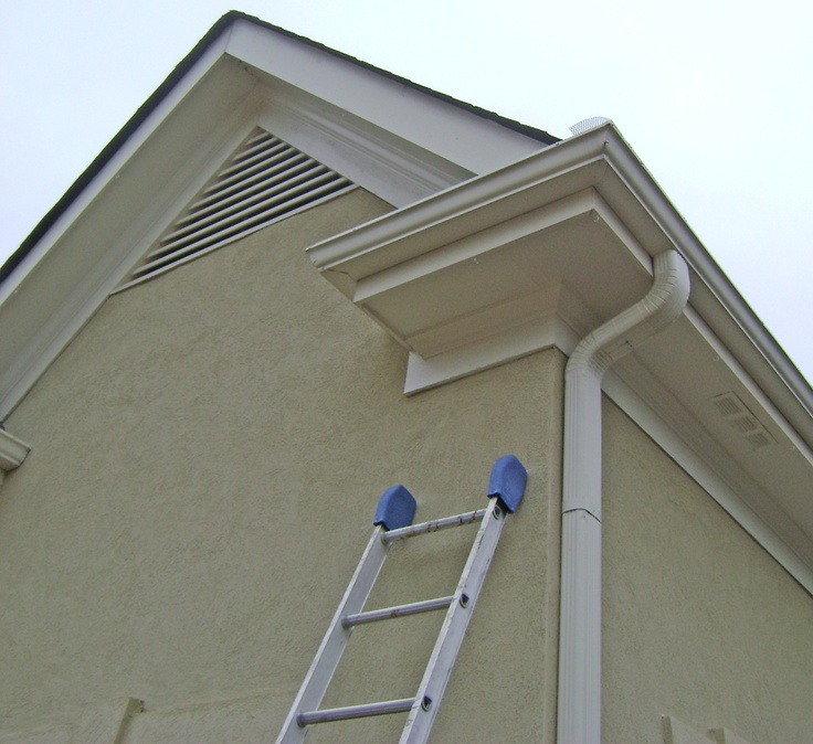 Eave Return With Gutter Traditional Cornice Returns