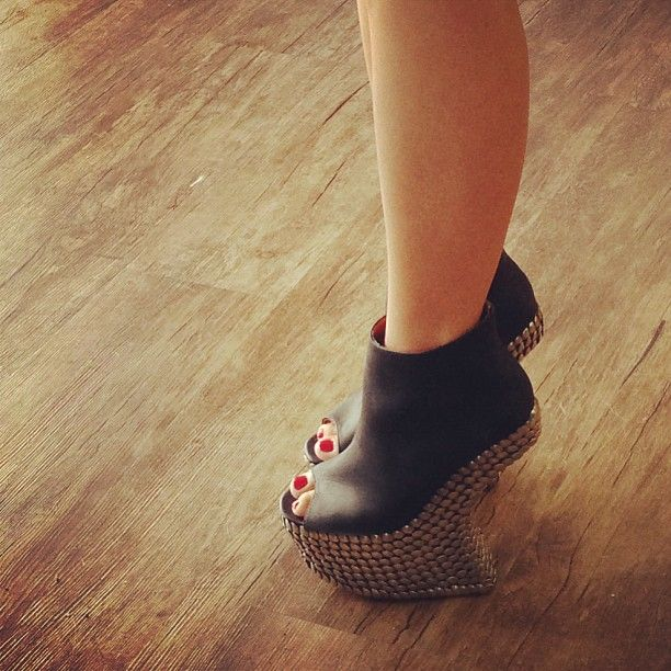 JEFFREY CAMPBELL Night Tick
