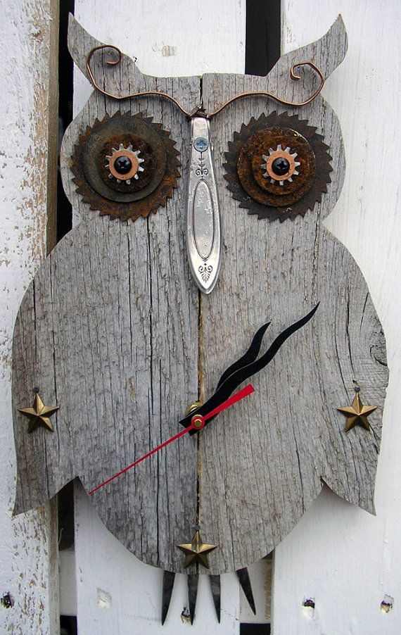 Rustic Owl CLOCK Weathered Wood Reclaimed Wood by RusticSpoonful #clock #owlclock #owls #wood #reclaimedwood #weatheredwood #metalworking