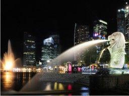 Singapore merupakan negara kecil yang penuh dengan keindahan. Selain terkenal dengan teknologinya yang canggih, Singapore juga terkenal dengan tempat-tempat wisatanya yang menarik dan menakjubkan.