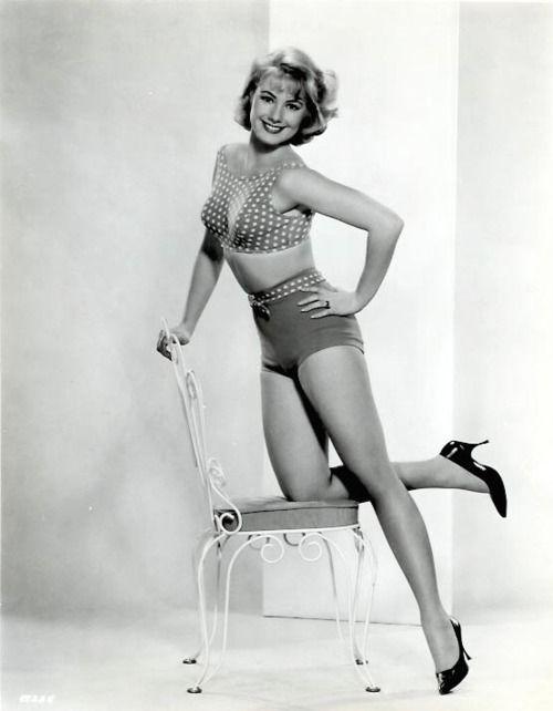 Shirley Jones: Shirley Jones, Pin Up, Jones 63
