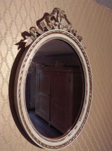Antiek Victoriaanse Spiegel met Krul in Goudkleur Ovaal
