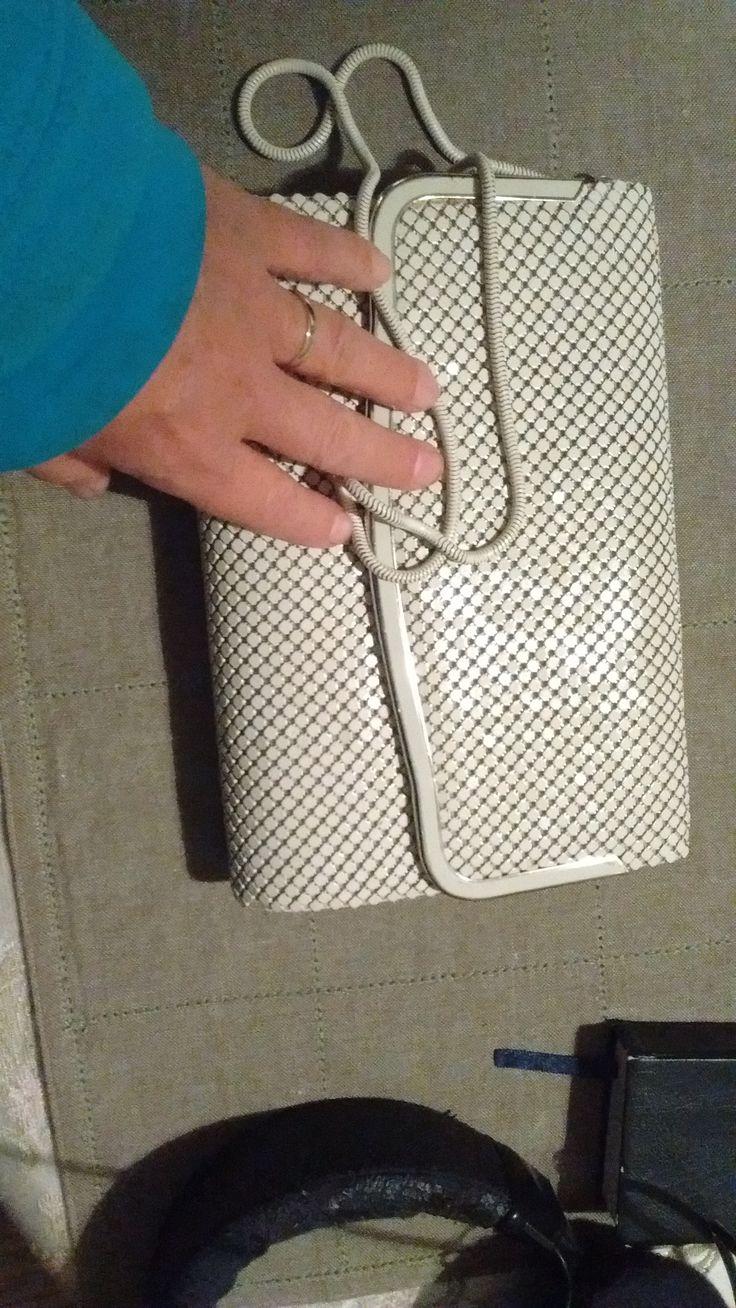 Mystery item handbag with autograph inside.