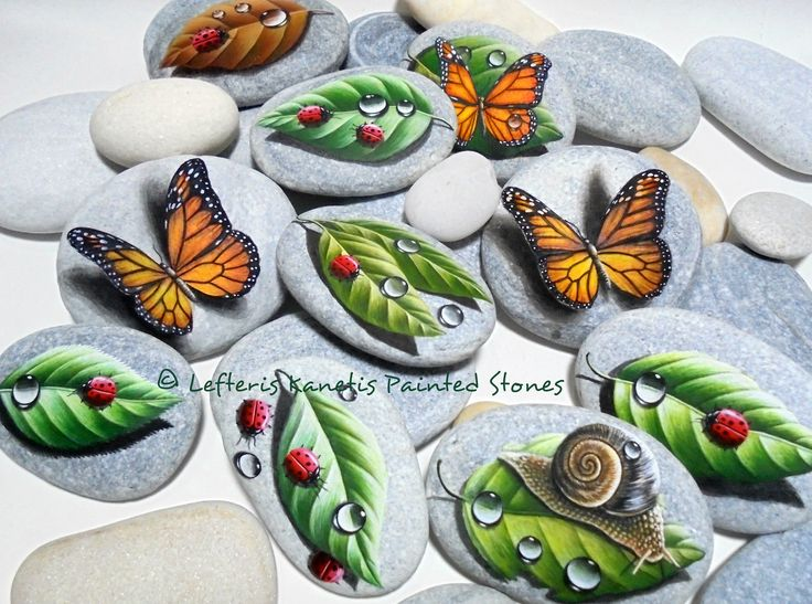 Handmade Creations On Beach Stones By Lefteris Kanetis.Find more at https://gr.pinterest.com/LefterisKanetis/ Χειροποίητες Ζωγραφισμένες Πέτρες Από τον Λευτέρη Κανέτη.