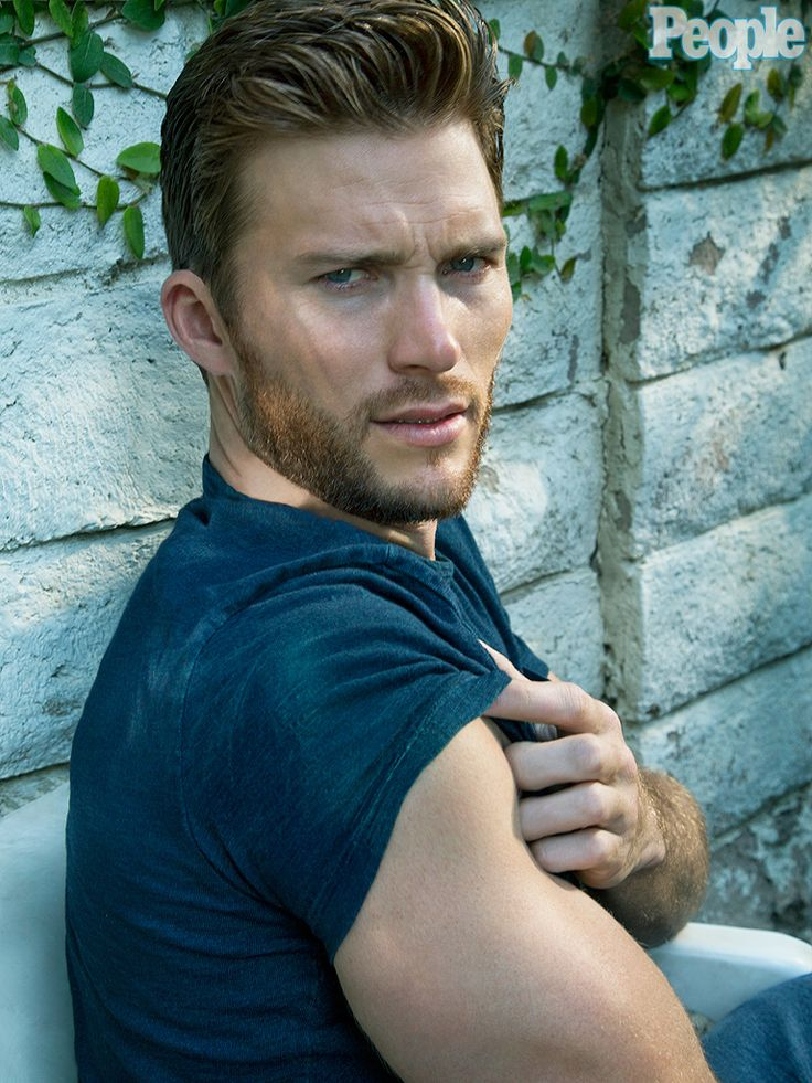 Scott Eastwood on What He Wants in a Girlfriend: Interview : People.com