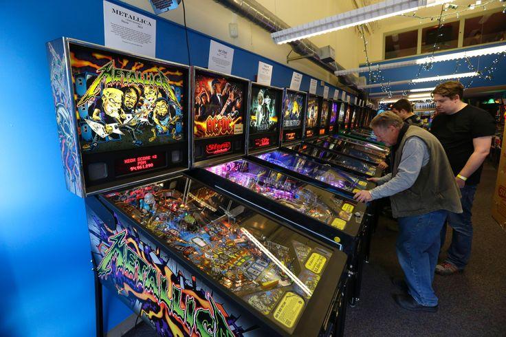 Paghi il biglietto e giochi quanto vuoi. E' possibile al Pinball Museumdi Seattle che mette a disposizione dei visitatori 53 flipper e 4 giochi arcade dagli anni 60 ai giorni nostri