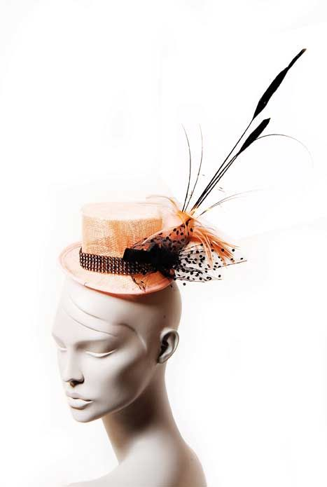 Wicked by Ipek Yaylacioglu Occasion millinery hats & hair accessory - Nude sinamay mini top hat with dotted tulle and feather