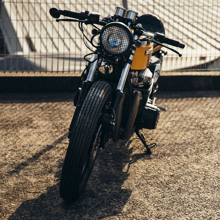 Julians Honda CB750 Cafe Racer