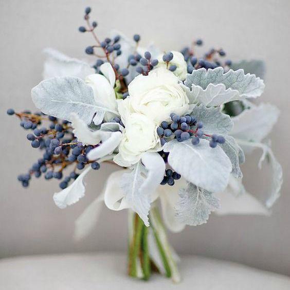 Stunning Winter Wedding Bouquet Ideas