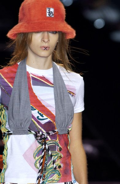 John Galliano Spring Summer 2002 Ready-to-Wear