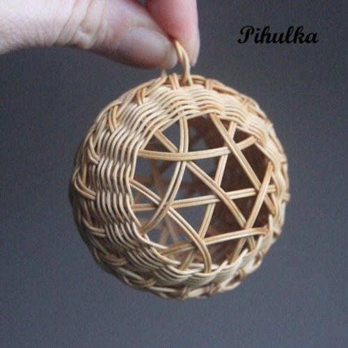 christmas decoration, tree ball, weaving basket, vánoční ozdoba, baňka, ozdůbka